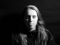 Portre Fotoğraf Çekim Teknikleri ve Örnekleri. Modelin karakterini, iç dünyasını, duygularını yansıtma amacıyla çekilen fotoğraf portre olarak adlandırılır. Çeşitli portre fotoğraf çekim teknikleri ile.. -  #Fotoğrafçılık