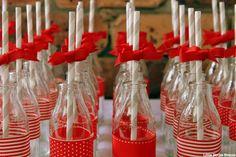 My Little Party Blog. Fiesta Caperucita Roja. Botellitas de Cristal