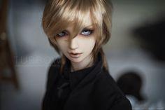 Aston | par TURBOW