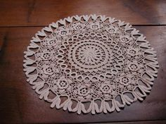Very lovely doily lace guipure Irish