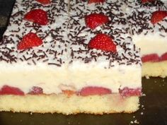 Recept na Jahodové Rezy (fotorecept) | o varecha.pravda.sk | Craftlog | Jahodovy Krem | Ryza V Mlieku High Sugar, No Bake Cake, Cheesecake, Deserts, Gluten, Pudding, Cookies, Ethnic Recipes, Pizza