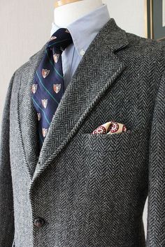 Preppy Men, Preppy Style, Ivy League Style, Tweed Run, Ivy Style, Mens Trends, Sartorialist, Men's Coats And Jackets, Suit And Tie