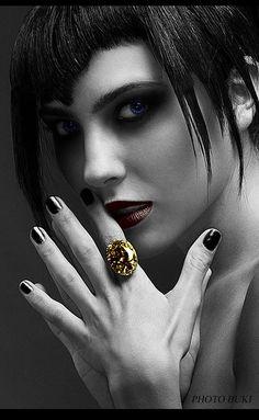 black queen Felina