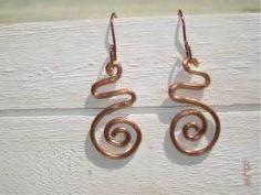 Ohrringe Spirale - Bild vergrößern Handmade Wire Jewelry, Shops, Drop Earrings, Copper, Earrings, Tents, Retail, Dangle Earrings, Drop Earring