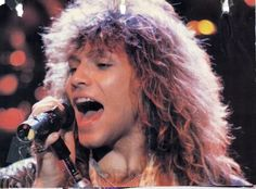 Is it really possible to be this beautiful? Jon Bon Jovi, Bon Jovi 80s, Bon Jovi Pictures, Bon Jovi Always, Dream Guy, Running Away, Big Hair, Cool Bands, Rock N Roll
