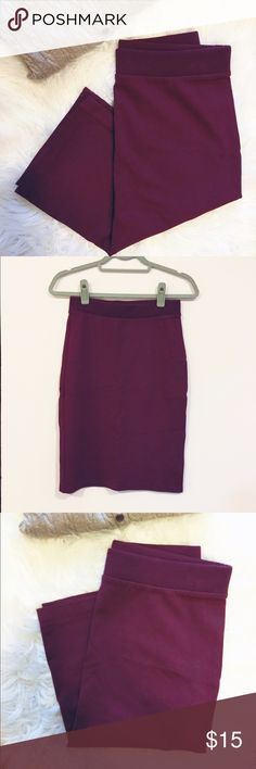 """Banana Republic Burgundy Knit Skirt Burgundy Knit Skirt by Banana Republic Excellent used condition Length 23""""  ❥10% Discount off 2 or more  ❥15% off for return customers (please request)  ❥15% off kid & baby bundles (please request)  ✗no offers accepted on items $10 and under  ☞offers on other items accepted (pls use chart in closet and be reasonable)  ♡ℑhanks for shopping and sharing Banana Republic Skirts Pencil"""