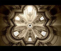 Sant'Ivo alla Sapienza Author _ Francesco Borromini Year _ 1642-1660 Location _ Rome, Italy