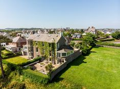 Propertynews.com are please to showcase another 10 dream homes that have featured on the website this week. From red-bricked dwellings to coastal getaways, there is something for everyone.  #Dreamhome #Housegoals #Northernireland #House #Home #Property #Propertynews #Helpingyougetthere Coastal Homes, House Goals, Northern Ireland, Dream Homes, Mansions, Website, House Styles, Red, Outdoor