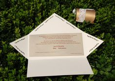 Diy Wedding, Envelope, Place Cards, Wedding Invitations, Place Card Holders, Prints, Envelopes, Wedding Invitation Cards, Printmaking