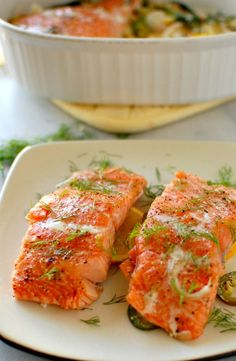 This slow baked dill and citrus salmon is really good. Slow baked on low heat, the salmon really picks up the flavors of the dill and oranges and lemon. Citrus Salmon Recipe, Dill Salmon, Salmon Recipes, Fish Recipes, Seafood Recipes, Cooking Recipes, Healthy Recipes, Healthy Meals, Protein Recipes
