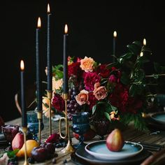 Dramatic and lovely Fall #wedding ideas #weddingflowers  @3leaffloral #weddingrentals @stonewoodvintage  #weddingphotography  @catmayerstudio