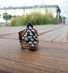#3dbeadedring, #handmadering, #handmadejewels, #jewels, #beadedring, #ring, #evapolart, #handmade Beaded Rings, Beaded Jewelry, Handmade Jewelry, Jewels, Fruit, Rings, Bijoux, Beading Jewelry, The Fruit