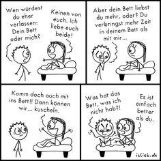 Bett. Is lieb? | #müde #schlafen #kuscheln #eifersucht #islieb