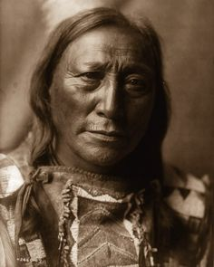 In 1906, Photographer Took Chillingly Beautiful Photos Of Native American Tribes – LittleThings