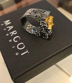 Piękny pierścionek😯😵😲 absolutnie MUST HAVE! www.margot-studio.pl #germankabirski #ring #silver #handemade #designe #artjewelry #lemons #shoponline #monday