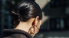 Peinados cool para lucir pendientes XL