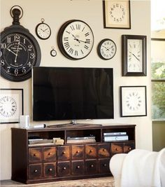 Ideas For Decorating Around That Big Flat Screen TV