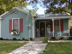 Brigid Cottage - Fredericksburg, Texas 866-427-8374---has hot tub!!!