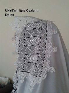 This Pin was discovered by pin Needle Lace, Needle And Thread, Elsa, Projects To Try, Crochet Hats, Crocheting, Hand Embroidery, Handarbeit, Knitting Hats