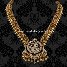 Antique Gold Necklace with Diamond Peacock pendant - Indian Jewellery Designs Antique Necklace, Antique Jewelry, Antique Gold, Vintage Jewelry, Gold Jewellery Design, Gold Jewelry, Trendy Jewelry, Jewelry Model, Temple Jewellery