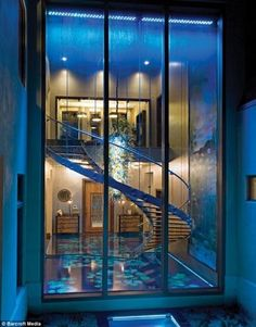 Modern Mansion with Green Area – Acqua Liana by Frank McKinney - Home Design and Home Interior Green House Design, Green Interior Design, Modern House Design, House Design Photos, Cool House Designs, Million Dollar Rooms, Floating Stairs, Glass Stairs, Glass Walls