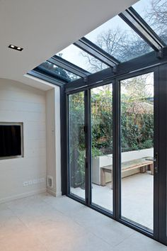 Modern Conservatory Design Ideas, Pictures, Remodel and Decor Modern Conservatory, Conservatory Interiors, Conservatory Extension, Glass Conservatory, Small Kitchen Orangery Extension, Conservatory Flooring, Conservatory Lighting, Glass Extension, Extension Ideas