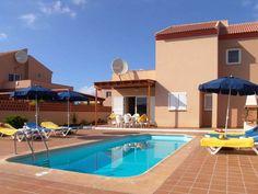 Villas Chemas Duplex - 3 Bed Villa for rent in Corralejo Fuerteventura sleeps up to 6 from £870 / €1015 a week