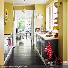 Senf ist eine starke Farbe, die sich sehr gut für den Wohnbereich eignet. Gedeckter als Zitronengelb wirkt sich die senfgelbe Wandfarbe positiv auf die Stimmung …