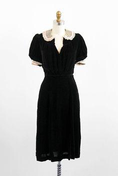 Black velvet dress w white lace trim // 1930s