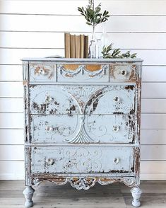 Shabby Chic Decor elegant and warm detail - Cozy and Georgeous touch. shabby chic inspiration home decor nice and canny example status presented on this day 20190125 , Shabby Chic Mode, Shabby Chic Stil, Shabby Chic Bedrooms, Shabby Chic Kitchen, Shabby Chic Decor, Shabby Chic Painting, Kitchen Linens, Cozy Bedroom, Modern Bedroom