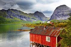 Spend two weeks travelling Norway with an all-you-can-fly pass