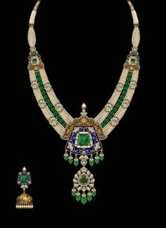 Crafting incomparable: loveeee this! Royal Jewelry, India Jewelry, Pearl Jewelry, Antique Jewelry, Beaded Jewelry, Jewelery, Indian Wedding Jewelry, Bridal Jewellery, Jewellery Sketches