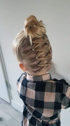 0 Me gusta, 0 comentarios - Beautifull & Fashion ( Cute Toddler Hairstyles, Easy Little Girl Hairstyles, Girls Hairdos, Cute Little Girl Hairstyles, Baby Girl Hairstyles, Pretty Hairstyles, Braided Hairstyles, Relaxed Hairstyles, Princess Hairstyles