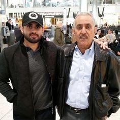 Ahmed bin Mana bin Khalifa Al Maktoum y su padre, Mana bin Khalifa bin Saeed Al Maktoum.