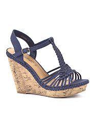 b62e61527ac 43 Best wedding shoes images
