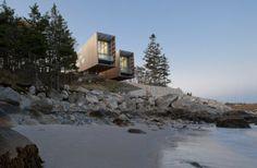 "Casa ""Two Hulls"" diseño flotante / Arquitectos MacKay-Lyons, Canadá http://www.arquitexs.com/2013/04/casa-two-hulls-por-arquitectos-mackay.html"