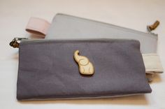 Travel purse / Canvas purse Canvas Purse, Travel Purse, Handmade Purses, Zip Around Wallet, Bags, Weekender, Handmade Bags, Handbags, Travel Tote