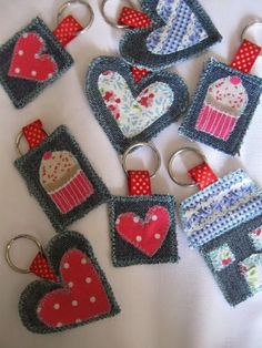 Scrap denim and fabric scrap keychains could be made from felt. 2019 Scrap denim and fabric scrap keychains could be made from felt. The post Scrap denim and fabric scrap keychains could be made from felt. 2019 appeared first on Denim Diy. Jean Crafts, Denim Crafts, Bandana Crafts, Artisanats Denim, Sewing Crafts, Sewing Projects, Rainbow Bunting, Denim Ideas, Recycled Denim