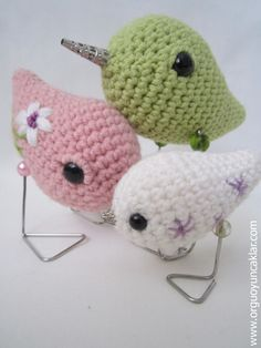 Crocheted Bird Family by Denizmum on Etsy- more cute party decor/ favor ideas. So cute for table decor!!