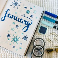 Winter Themes for your Bullet Journal 6 Cover Page Ideas! Bullet Journal Index Page, Bullet Journal Easy, Bullet Journal Flip Through, Bullet Journal Titles, December Bullet Journal, Bullet Journal Cover Ideas, Bullet Journal Monthly Spread, Bullet Journal Notebook, Bullet Journal School