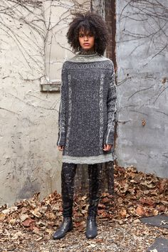 http://www.vogue.com/fashion-shows/fall-2017-ready-to-wear/gary-graham/slideshow/collection
