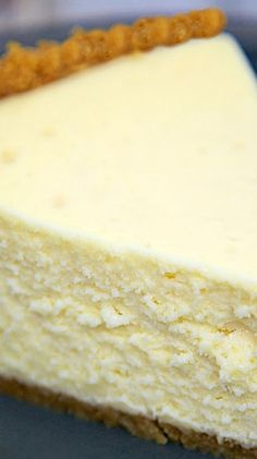 The Best Homemade Cheesecake ~ It is super light and fluffy. It truly is the BEST! The Best Homemade Cheesecake ~ It is super light and fluffy. It truly is the BEST! No Bake Desserts, Just Desserts, Delicious Desserts, Dessert Recipes, Yummy Food, Dessert Ideas, Savoury Cake, Baking Recipes, Milk Recipes