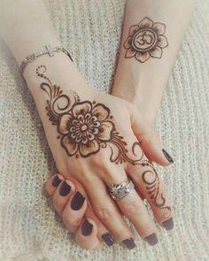 Pretty would do smaller Unique Mehndi Designs, Beautiful Henna Designs, Mehndi Design Images, Latest Mehndi Designs, Heena Design, Pretty Designs, Henna Tattoo Designs Simple, Mehndi Simple, Henna Tattoo Hand