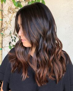 black women hairstyles curly to copy right now page 14 schwarze Frauenfrisuren sind lockig, Brown Hair Balayage, Brown Ombre Hair, Brown Blonde Hair, Brown Hair With Highlights, Light Brown Hair, Hair Color For Black Hair, Cool Hair Color, Brown Hair Colors, Auburn Balayage