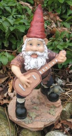 Google Image Result for http://www.gnometownusa.com/media/awcgnomes/Gerry/tn_gerry-garcia-WA09-0037.jpg