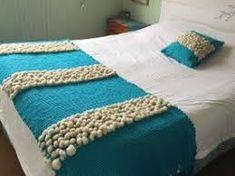 Resultado de imagen para pieceras a telar Merino Wool Blanket, Quilts, Crochet, Bed, Furniture, Google, Home Decor, Home, Bed Feet