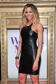 Ciara Photos - Singer Ciara strikes a pose outside of the Billboard Women In Music event in New York City. - Ciara at the Billboard Women In Music event in New York City