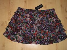 TOPSHOP Sexy FLORAL MINI RARA FLAPPER SKIRT Size 8 (NEW WITH TAGS)
