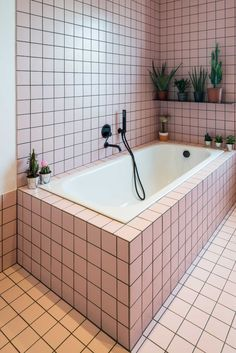 Award winning Architecture and Interior Design. Pink Bathroom Tiles, Bathtub Tile, Retro Bathrooms, Pink Tiles, Pink Bathtub, Concrete Bathroom, White Bathrooms, Shower Tiles, Luxury Bathrooms