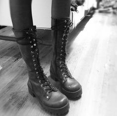 These are the most amazing boots ever and i have no idea where they are from! :C